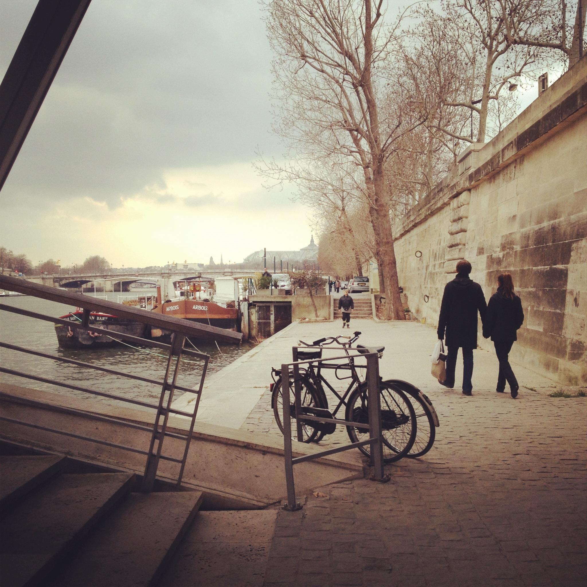 promenade paris dimanche
