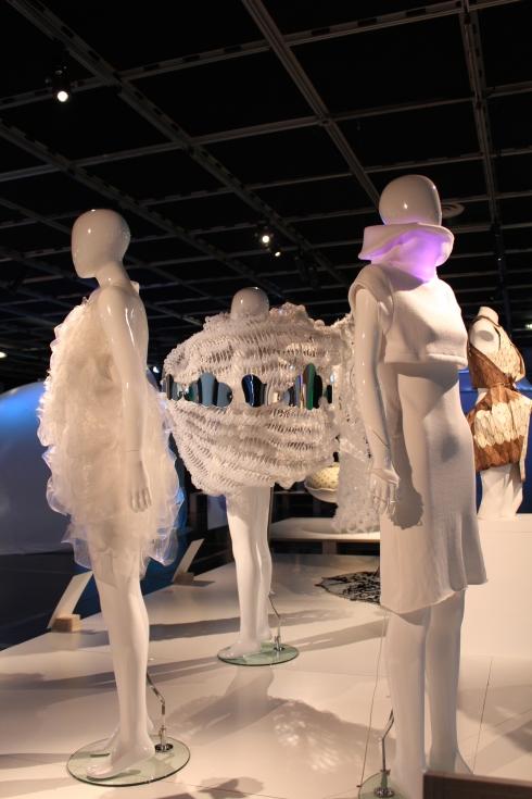 futuro-textiles1